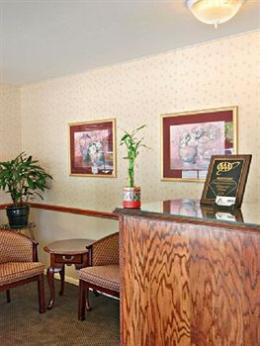 Dunsmuir Inn & Suites Hotel