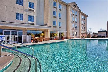 Holiday Inn Express Myrtle Beach-Broadway @ the Beach