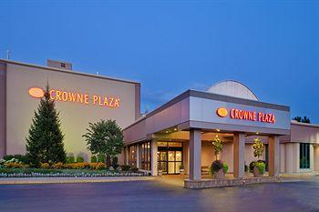 ‪Crowne Plaza Hotel Chicago - Northbrook‬