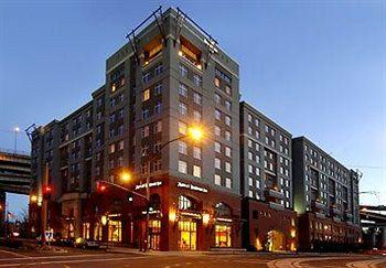 Residence Inn Portland Downtown / RiverPlace