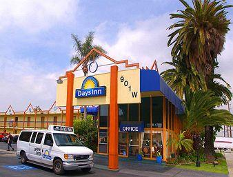 Days Inn Airport Center Los Angeles
