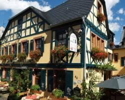 Photo of Historisches Weinhotel Zum Grunen kranz R&uuml;desheim am Rhein