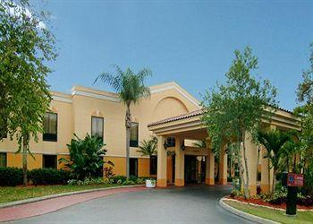 Photo of Quality Suites Airport Fort Myers