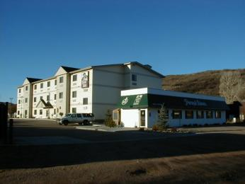 Photo of Oak Tree Inn - Yampa