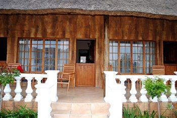 Flamingo's Nest Guest House & Conference Centre