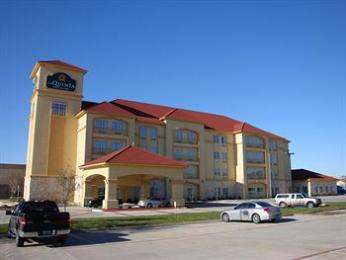 ‪La Quinta Inn & Suites DFW Airport West - Bedford‬