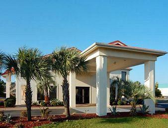 Photo of Days Inn and Suites Navarre Conference Center
