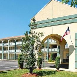 Econo Lodge Williamstown