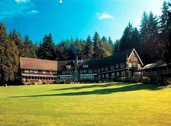 ‪Lake Quinault Lodge‬