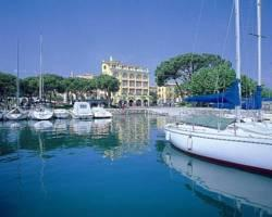Photo of Hotel Vittorio Desenzano Del Garda