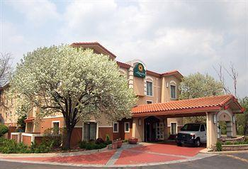 Photo of La Quinta Inn Chicago O'Hare Airport Elk Grove Village