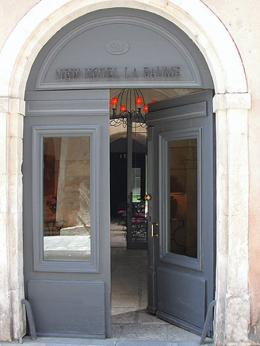 Photo of Hotel Marquis de la Baume Nîmes