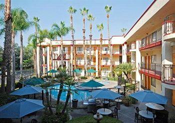 Photo of Comfort Inn and Suites John Wayne Airport Santa Ana