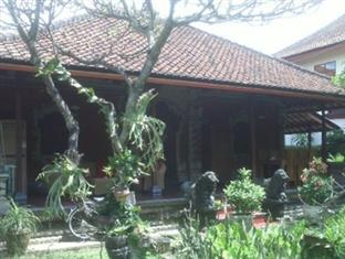 Rita Homestay