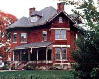 Photo of Squiers Manor B&B Maquoketa
