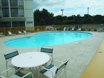 La Quinta Inn & Suites Nashville Airport/Opryland