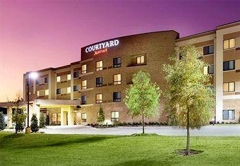 ‪Courtyard by Marriott Wichita Falls‬