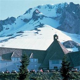 ‪Timberline Lodge‬