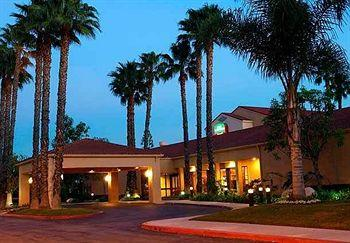 Photo of Courtyard By Marriott Huntington Beach Fountain Valley