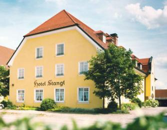 Photo of Hotel Stangl Neufarn