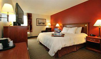 Hampton Inn Portland Airport South Portland