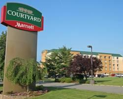 Courtyard by Marriott Rockaway -