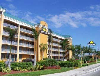 Days Inn Fort Lauderdale-Oakland Park Airport North