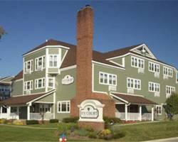 ‪Ivy Court Inn & Suites‬