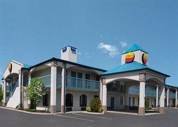 Photo of Comfort Inn Gallatin