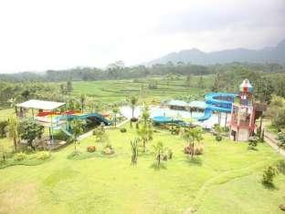 Green Valley Resort Hotel Baturaden
