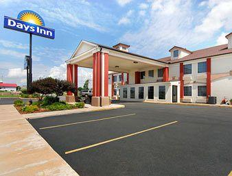 Days Inn - Shawnee