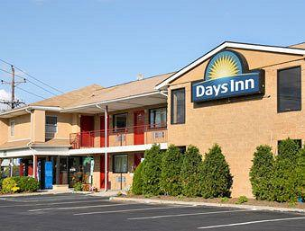 ‪Days Inn Edison‬