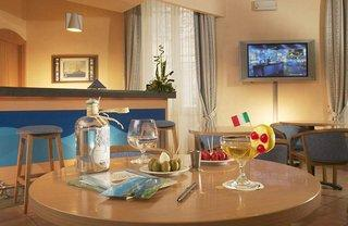 Photo of Mercure Napoli Garibaldi Naples
