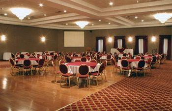 BEST WESTERN PLUS Cobourg Inn & Convention Centre