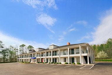 Baymont Inn & Suites Alexander City