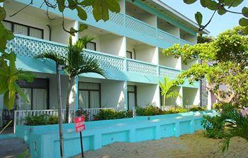 Crystal Ripple Beach Hotel