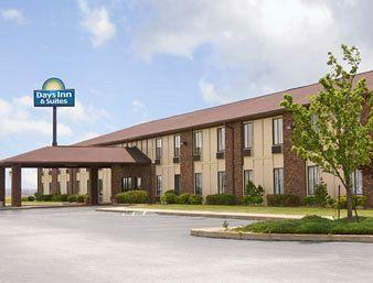 Photo of Days Inn Pontoon Beach Illinois