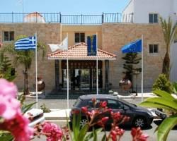 Moniatis Hotel