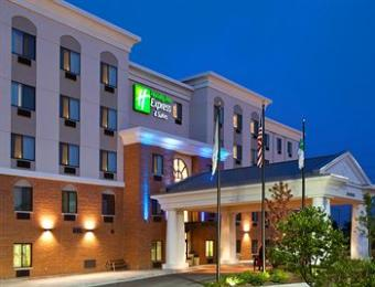 ‪Holiday Inn Express Hotel & Suites Chicago Airport West‬
