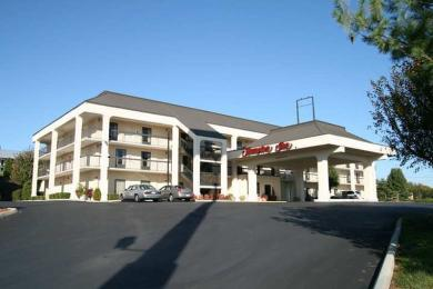 ‪Hampton Inn Cookeville‬