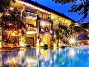 Photo of Hotel Kumala Pantai Kuta