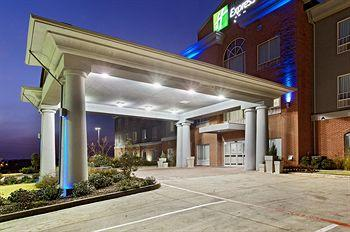 Photo of Holiday Inn Express Hotel & Suites Graham