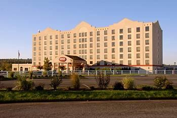 Vernon Downs Hotel