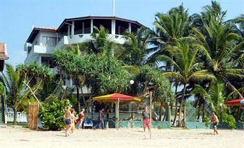 Photo of Oasey Beach Hotel Induruwa