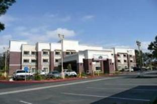 Photo of La Quinta Inn & Suites Temecula