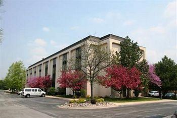 AmericInn Hotel & Suites Schaumburg Photo