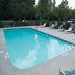 La Quinta Inn & Suites Raleigh Durham Airport S