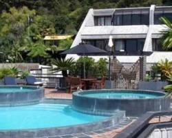 Photo of Pioneer Waterfront Apartments Paihia