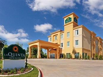 Photo of La Quinta Inn & Suites Marshall