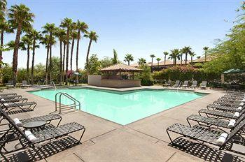 Hilton Garden Inn Palm Springs
